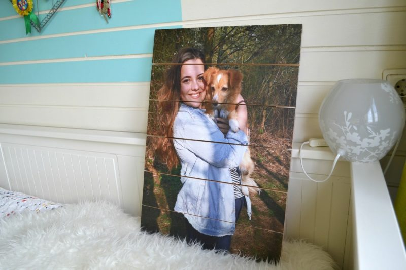 REVIEW – Foto op hout
