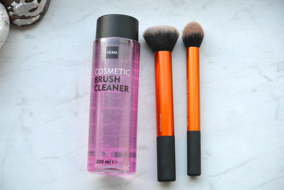 Short tip: Hema cosmetic brush cleaner